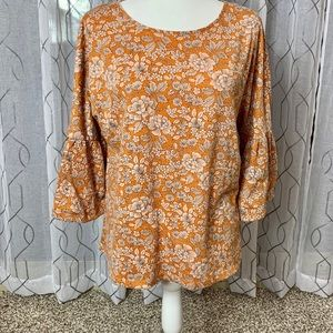 LC Lauren Conrad Keyhole Back Bell Sleeve Top L